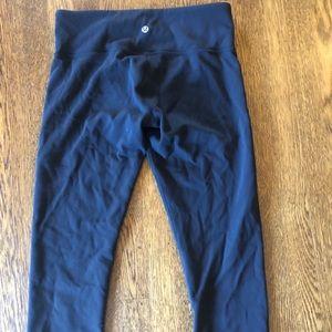 Cropped Lululemon leggings - size 8